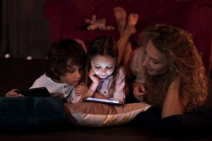 Stop fighting about screen time now