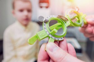 Detecting congenital vision problems in young children