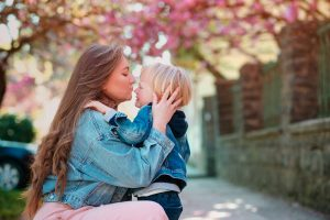 How to deal with separation anxiety in toddlers: 14 top tips