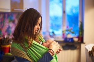 Moby baby wrap: Instructions for using this must-have baby carrier