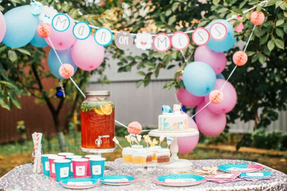 gender reveal cake and treats