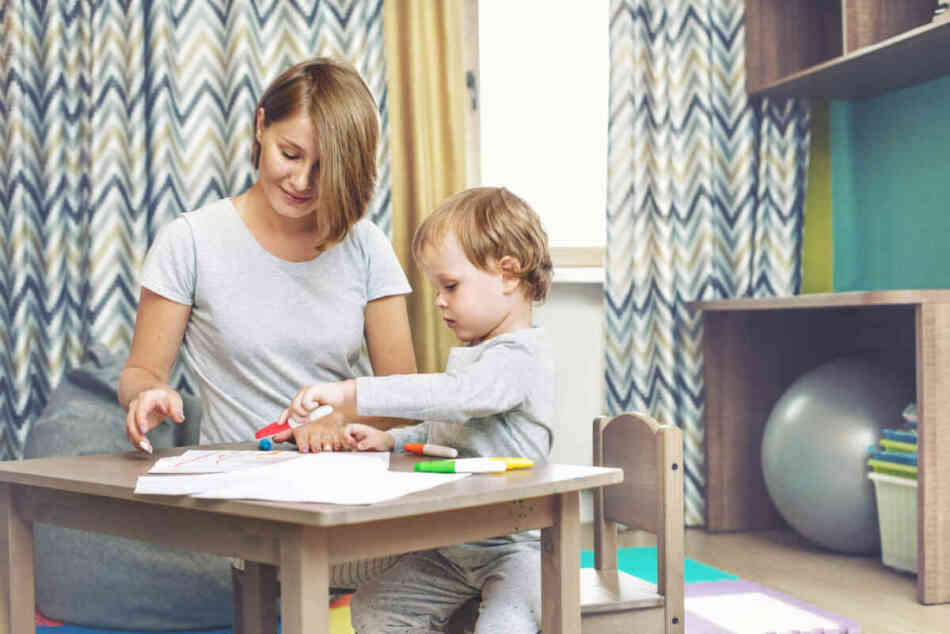 mom wants to help toddler to color
